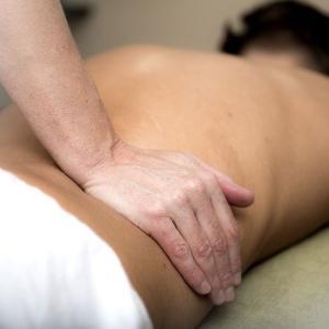 右脚のつけ根と腰が痛い③施術とセルフケアで快適に