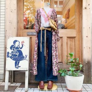 ♪花柄ワンピースガウン×刺繍チュニック×Lee濃紺ブーツカットデニム
