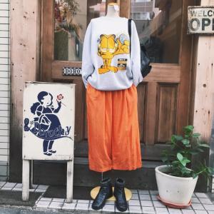 ♪USA製ガーフィールドプリントスウェット×オレンジシルクパンツ
