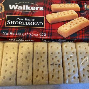 Walkersのショートブレッドを食べてみた