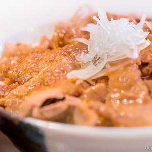 「下田さん家の豚」が旨い、武蔵五日市「とんとん」の豚丼