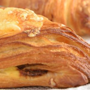 【巣ごもり特集】河辺・プリュムは、普通のパンを売らない、パン屋さん