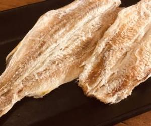 氷下魚(こまい)の干物を通販で。一味マヨ醤油の一択でお願いします!