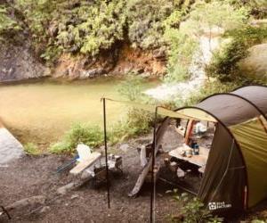近所の河原でファミリーキャンプ!川の小魚を釣って食べてみた。