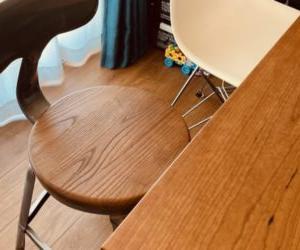 ガルトチェアが美しいっ。座るより眺めちゃう家具。笑