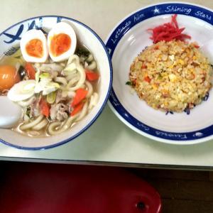 家昼食 炒飯と関西風だし 肉うどん作ってみました