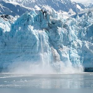 アラスカでマグニチュード7.8の地震が発生