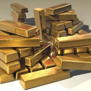 金の価格が上昇中。経済への不安の影響で