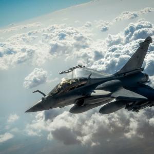 インドがフランスからラファールを購入。空軍力強化