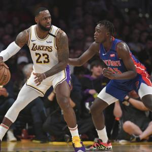 【NBA】レイカーズが2019年ドラフト15位選手と2-way契約!身体能力が高いロマンのある「Sekou Doumbouya(ダンボウヤ)」!!