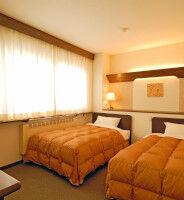 【悲報】五輪中ホテル「1泊10万円でも満室やで」 今ホテル「...」