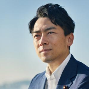 【魚>プラ】小泉進次郎「レジ袋やスプーン有料化は必要、海が汚染される」