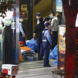 【立てこもり】埼玉のネットカフェで女性従業員を人質に立てこもり22時間経過