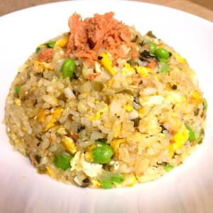 枝豆と鮭の炒飯