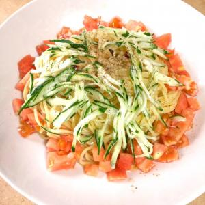 【冷製パスタ】トマトとキュウリの冷製ペペロンチーノ