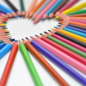 色鉛筆の種類と選び方は画用紙や描き方の技法によって違う楽しみ方がある!