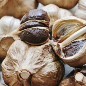 黒ニンニクの栄養成分と効能は?作り方や食べ方と保存の方法は?