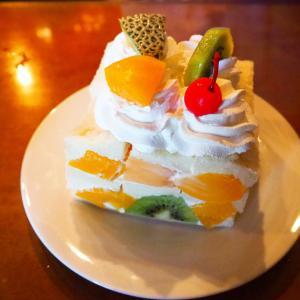京都嵐山のレトロ喫茶、コーヒーショップ・ヤマモトの和牛カツサンドとフルーツサンド / おすすめレトロ喫茶