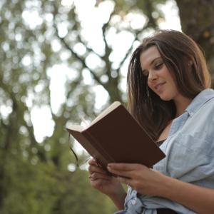 【本を読む人だけが手にするもの】感想。幸せになるために読書しよう
