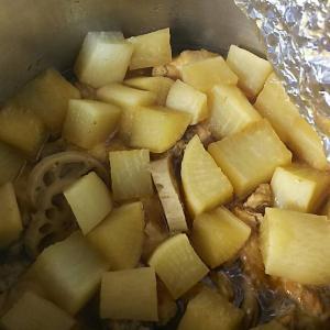 糖質制限を意識した大根と手羽元の煮物-凡人のご飯