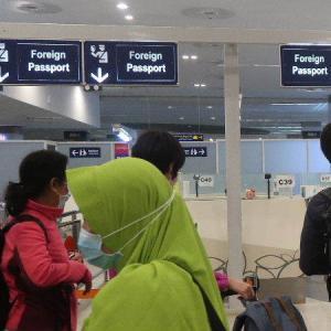 クアラルンプール国際空港2(KLIA2)にて入国手続き