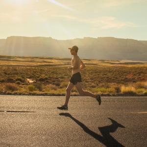 めちゃくちゃ悔しいので走ります。
