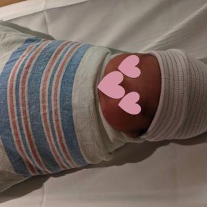 【保存版】赤ちゃんがよく眠れて安全に使えるオススメおくるみ(生後0〜8週)