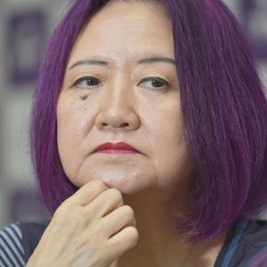 経済学者の浜矩子(通称紫ババア)中国とWHOを擁護・・・気持ちわりぃ( ゚д゚)、ペッ