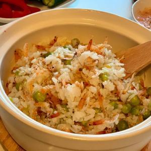 勝手に料理リレー!【何となく家にあるもので出来る、土鍋を使った簡単炊き込みご飯】by 高山 TAKAYAMA JAPANESE RESTAURANT