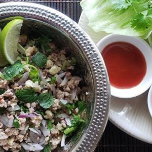 家庭で作る本格的タイ料理シリーズ13 ラープ・ムー 豚ひき肉のサラダ
