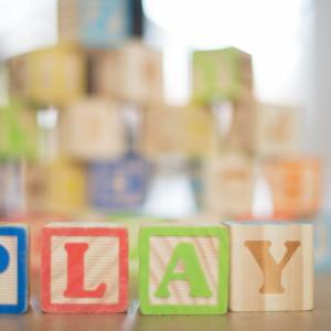 【知育玩具レンタル】知育玩具は買うより、これからはレンタルの時代になる?気になる2社を紹介!