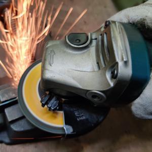 金属DIYの始め方① おすすめ道具と注意事項を紹介 切る編