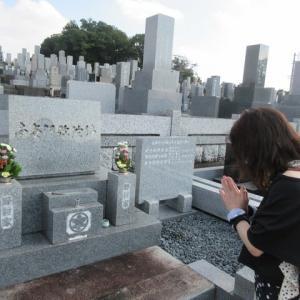 お墓参りに行きました。