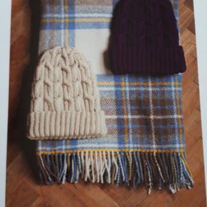 すぎやまともさんの「大切に使いたい手編みのこもの」よりとんがり帽子【画像あり】