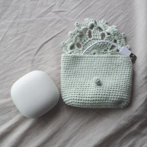 「夏糸で編む小さなバッグとポーチ」よりモチーフ使いのポーチ【画像あり】