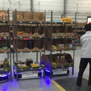 中国 倉庫搬送ロボ製造スタートアップ 210億円調達