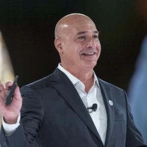 Salesforce共同CEO 辞任