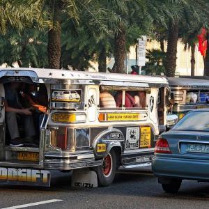 フィリピンのドゥテルテ大統領「外出禁止を守らない者は射殺」