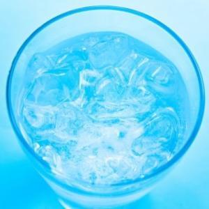 天然ウォーターサーバーシェアNo1!最高品質の水を提供しているプレミアムウォーターの価格や特徴は?