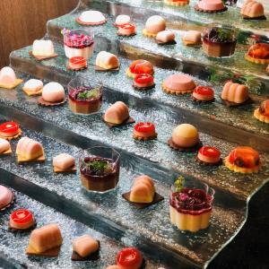【ホテルグランヴィア大阪】宝石のような苺のスイーツでお洒落大人の時間をどうぞ♪