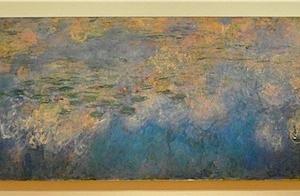 睡蓮の池に映る雲