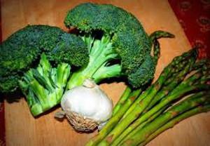血管を若く美しく保つために毎日食べたい野菜TOP3!