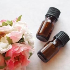 精油(エッセンシャルオイル)がもたらすアンチエイジング効果 40代からのアロマセラピー