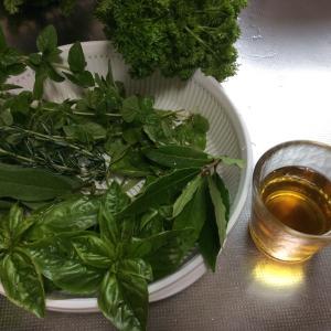 生葉ステビアは自然派甘味料