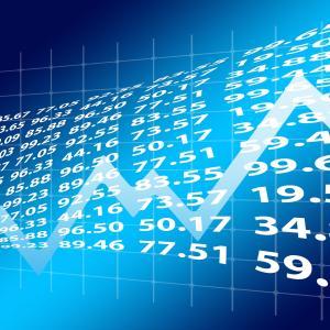 利回り確保のために下がり続ける株を買う?