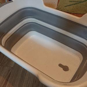 【折り畳み式 桶】カタカタっとコンパクトにかさばらなくて嬉しい。