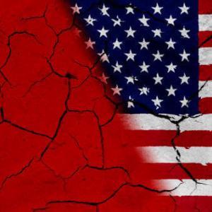 冷戦ってどうして起こったの?原因から代理戦争についてわかりやすく解説!