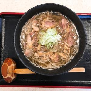 山形の肉そば屋 上品なスープとそばとお肉のコリコリした食感最高!