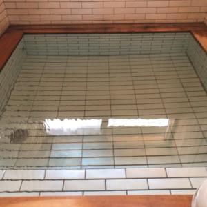 名人のゆ 源泉かけ流し100%温泉に300円で入浴できる!