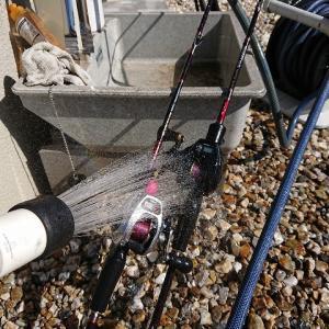 釣行後の釣り道具に水洗い(海釣り)